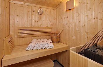 http://grunwald-resort-solden.solden-hotels.com/data/Photos/Large7/2652/265277/265277973.JPEG